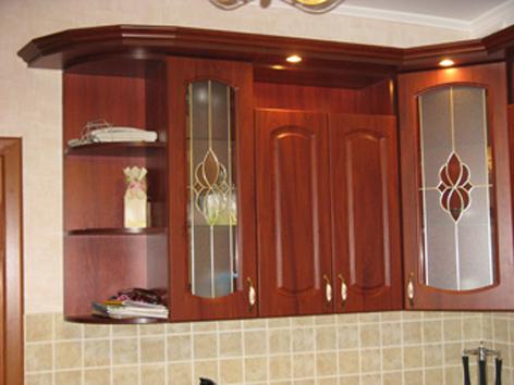 Кухня Г-образной формы с угловым размещением