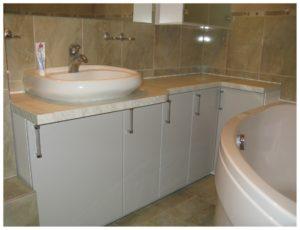 Мебель для ванной по индивидуальному заказу фото